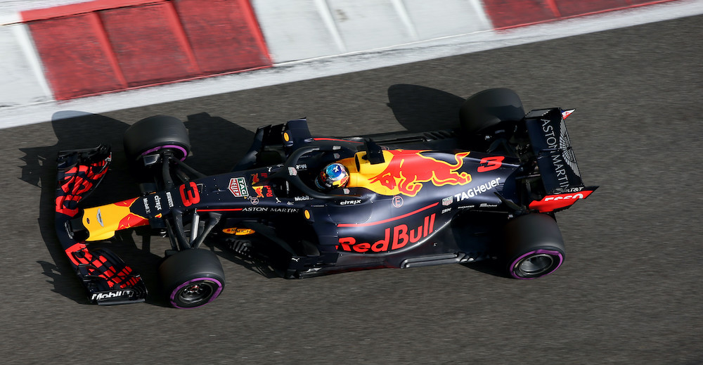 ABU DHABI, UNITED ARAB EMIRATES - NOVEMBER 24:  Daniel Ricciardo of Australia driving the (3) Aston Martin Red Bull Racing RB14 TAG Heuer on track during final practice for the Abu Dhabi Formula One Grand Prix at Yas Marina Circuit on November 24, 2018 in Abu Dhabi, United Arab Emirates.  (Photo by Charles Coates/Getty Images) // Getty Images / Red Bull Content Pool  // SI201811240280 // Usage for editorial use only //