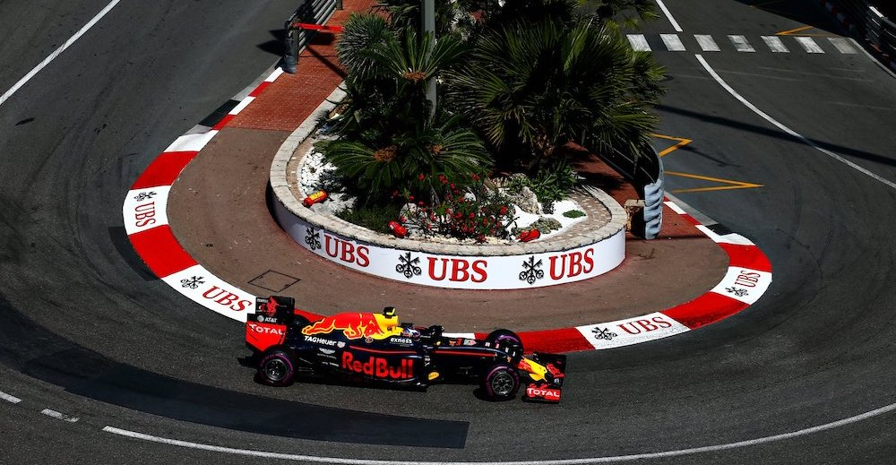 MONTE-CARLO, MONACO - MAY 28: Max Verstappen of the Netherlands driving the (33) Red Bull Racing Red Bull-TAG Heuer RB12 TAG Heuer on track during final practice ahead of the Monaco Formula One Grand Prix at Circuit de Monaco on May 28, 2016 in Monte-Carlo, Monaco.  (Photo by Dan Istitene/Getty Images) // Getty Images / Red Bull Content Pool  // SI201605280463 // Usage for editorial use only //