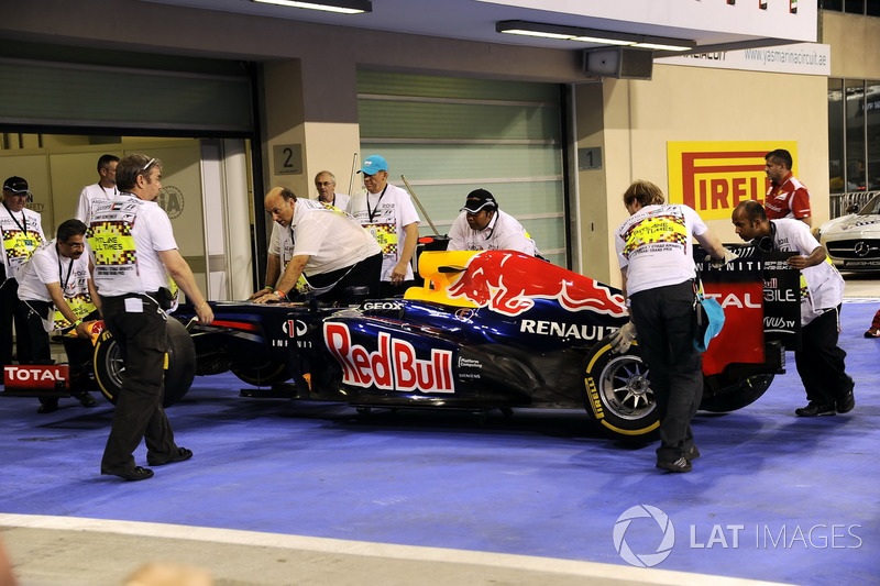 Vettel was previously caught out by running short on fuel at the 2012 Abu Dhabi GP