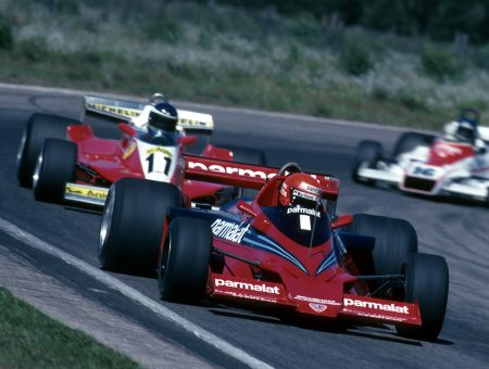 Such was its downforce Lauda passed Andretti on the outside